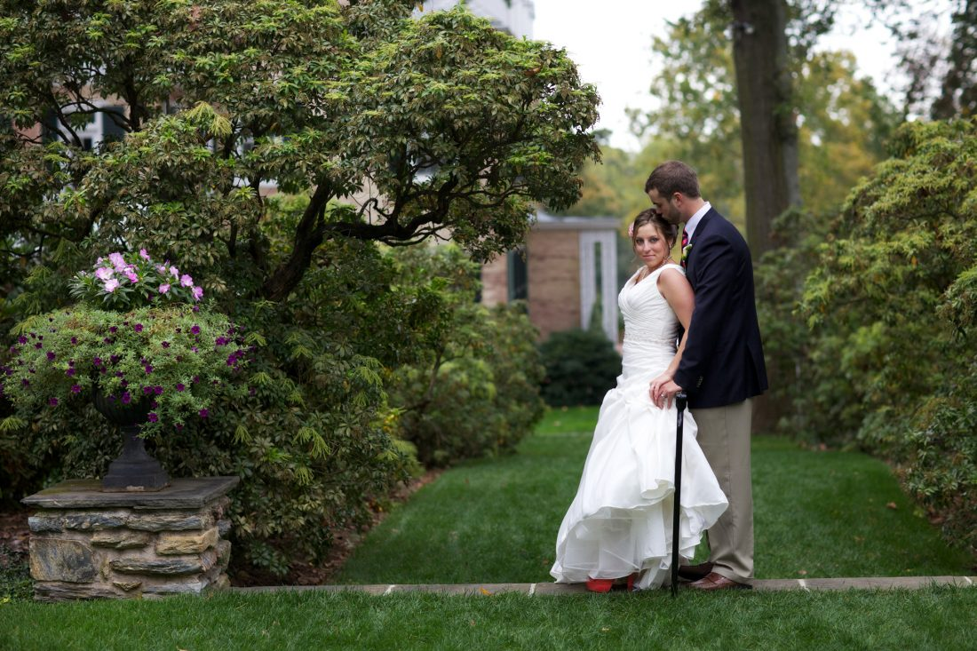 bride-groom-drumore-estate-fall-wedding-1100×733