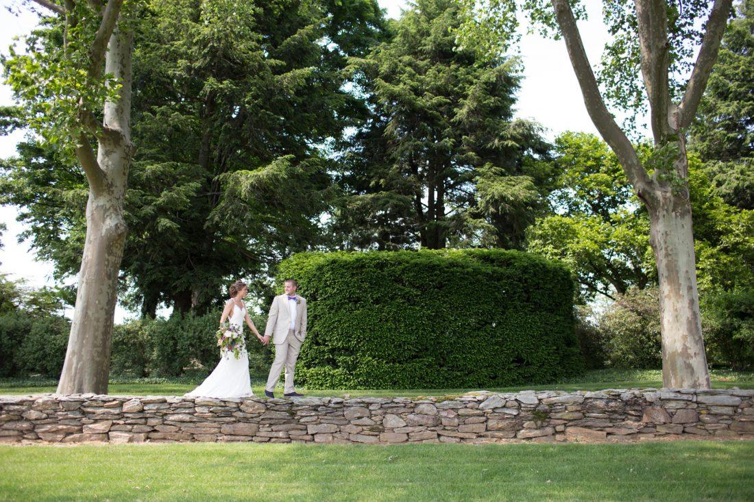 bride-groom-stone-wall-drumore-estate-1100×733