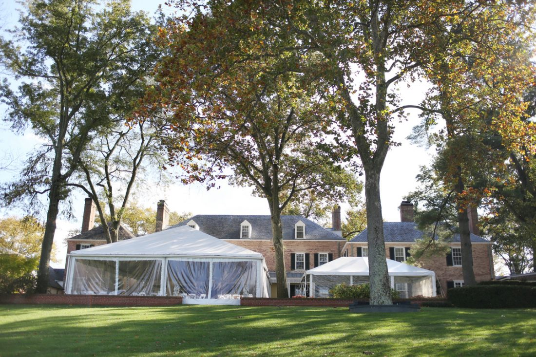 clear-sided-wedding-tent-drumore-estate-2-1100×733