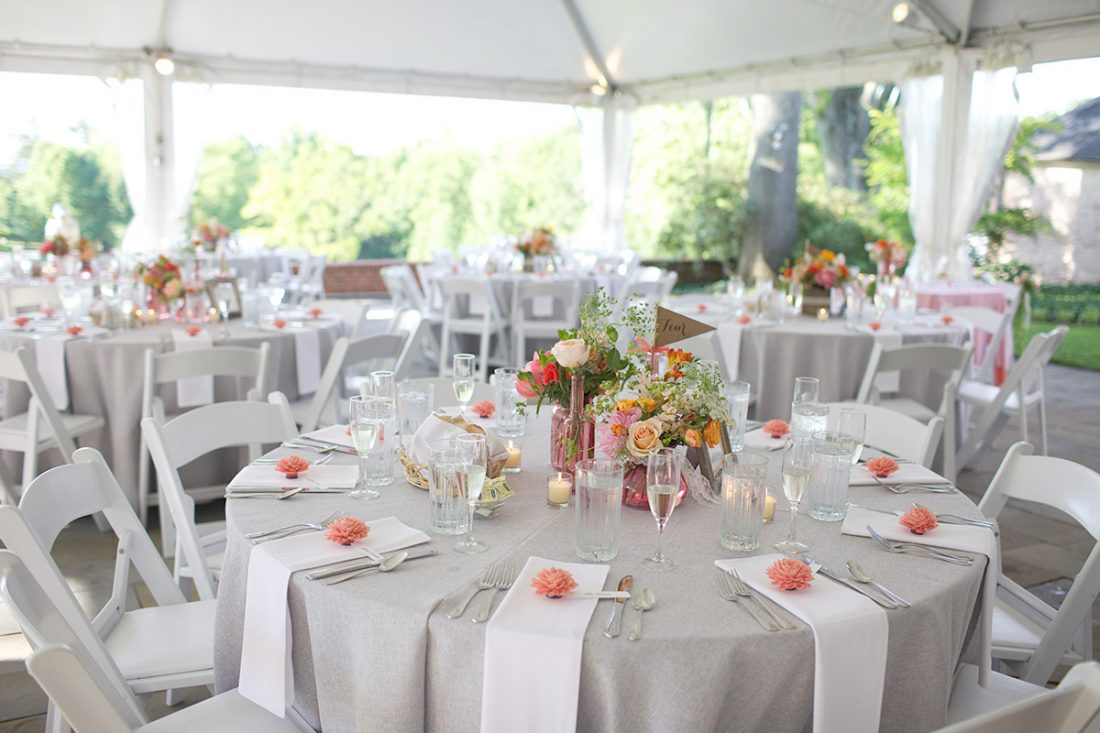 coral-grey-wedding-reception-1100×733