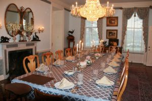 Indoor Dining for Party Venue